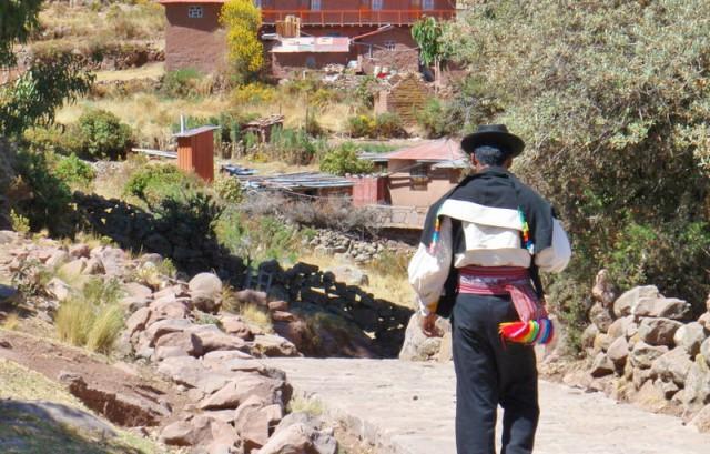 Excursión a Taquile desde Puno en un día