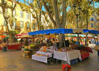 Mercados típicos en la Provenza