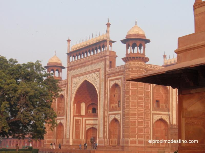 Entrada al Taj