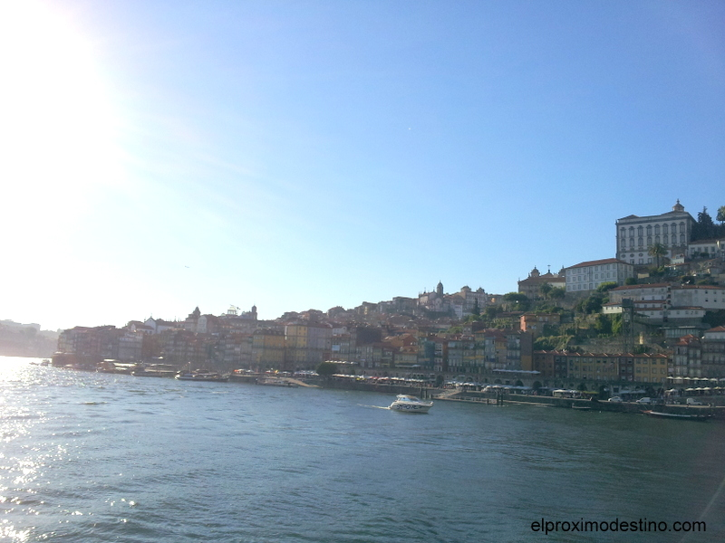 Atardecer desde lo alto del puente Eiffel en Oporto