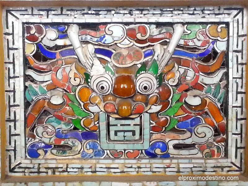 Detalles de uno de los interiores de Khai Dinh