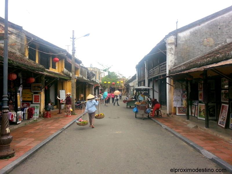 Calle típica en Hoi An