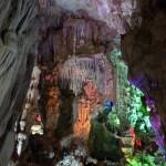 Las cuevas de la Bahía de Halong