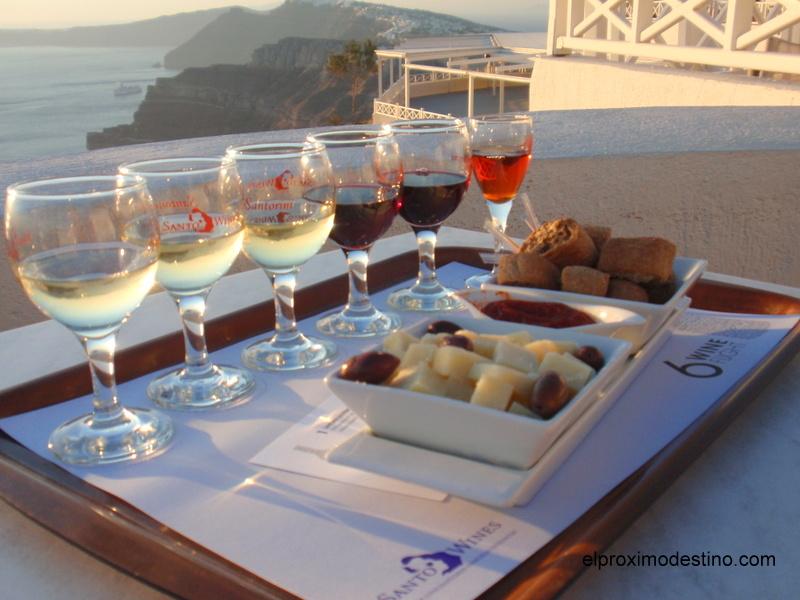 Cata de vinos en Santorini