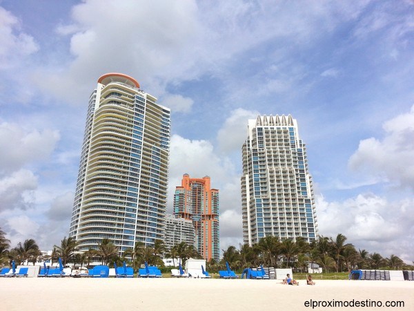 Edificios en South Beach Miami.