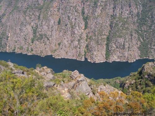 Vistas de los Cañones del río Sil.