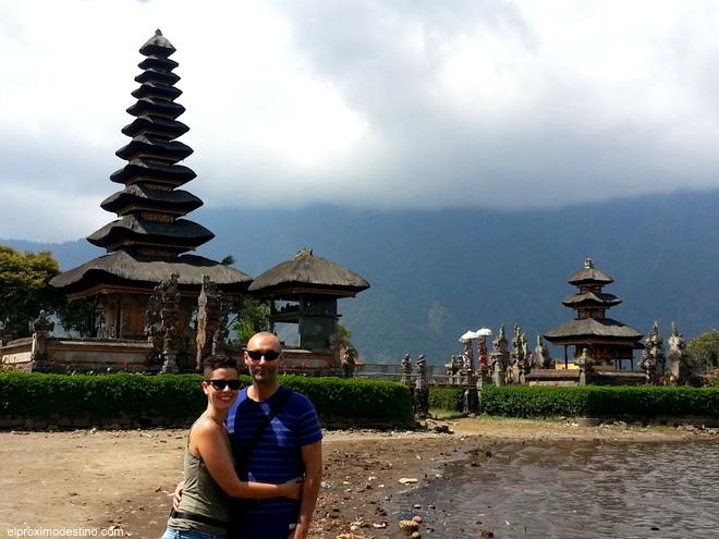 Templo del lago, Bali