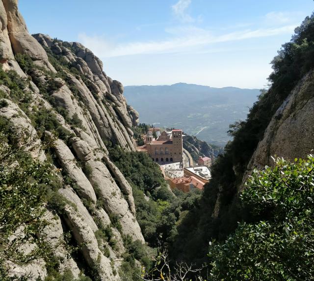 Mejor excursión desde Barcelona, como ir a Montserrat por tu cuenta.