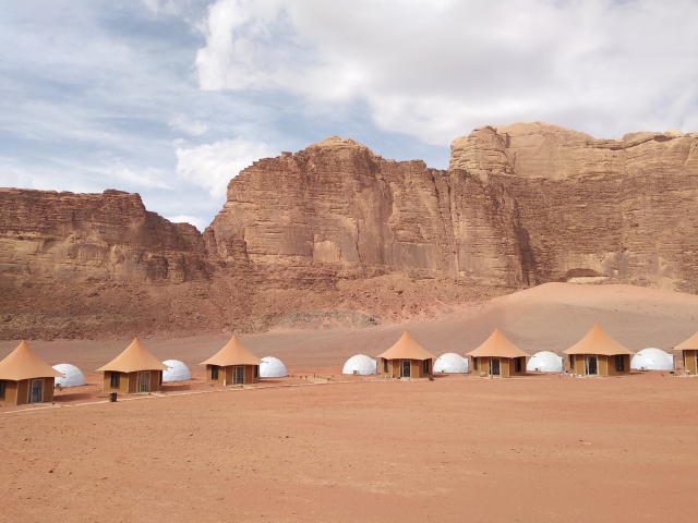donde dormir en el wadi Rum , jordania