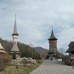 Las mejores iglesias de madera en Maramures: Monasterio de Barsana