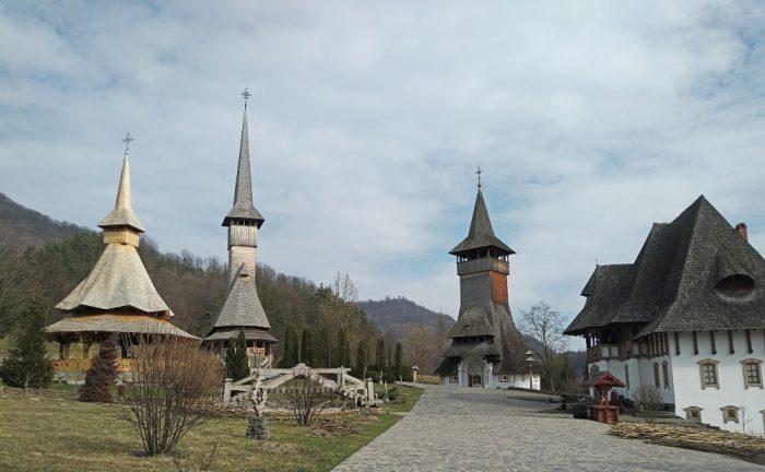 que ver en Rumanía: monasterio Barsana