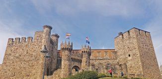 visitar el castillo de ponferrada